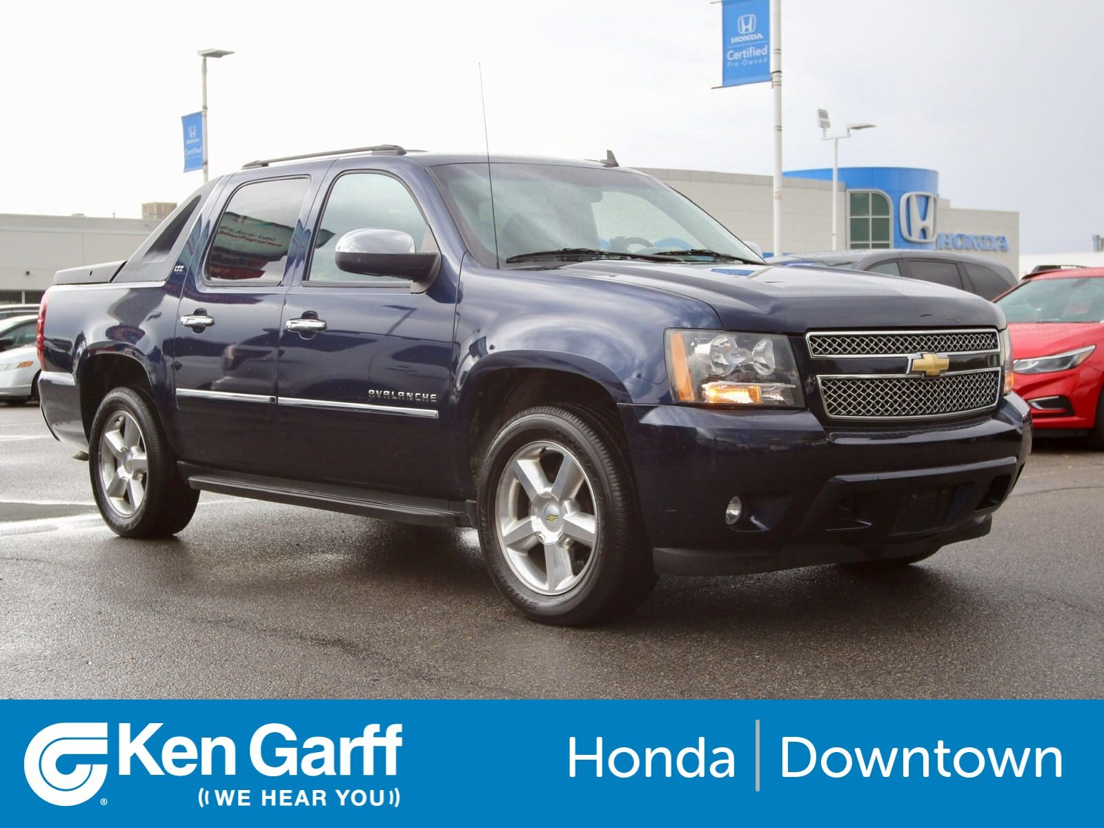 Pre-Owned 2010 Chevrolet Avalanche LTZ