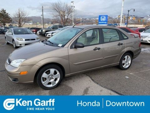 Pre-Owned 2005 Ford Focus 4DR SDN S