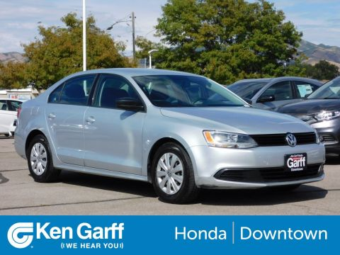 Pre-Owned 2012 Volkswagen Jetta Sedan 4DR MT BASE
